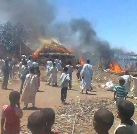 Le camp de Shegerab en proie aux flammes (Photographie diffusée par des réfugiés).