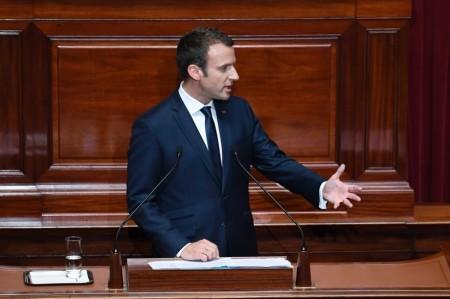 7789207539_emmanuel-macron-devant-les-parlementaires-reunis-en-congres-a-versailles-le-3-juillet-2017